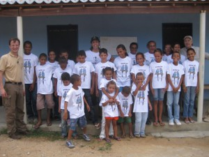 01.Children of the Ararinha-Azul School